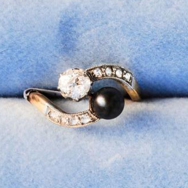A Diamond, Black Pearl Crossover Ring - image 1