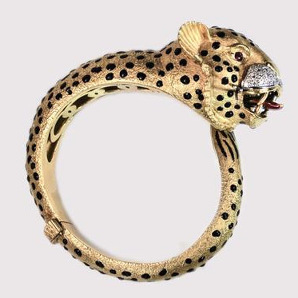A 1970s Jaguar Bangle with Ruby Eyes and Diamond Whiskers - image 5