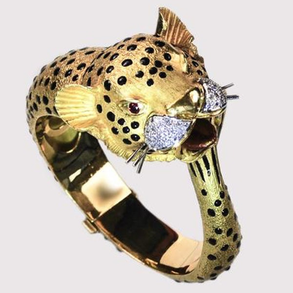 A 1970s Jaguar Bangle with Ruby Eyes and Diamond Whiskers - image 7