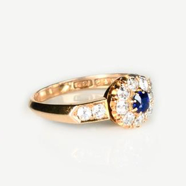 An antique Sapphire and Diamond Cluster Ring - image 2