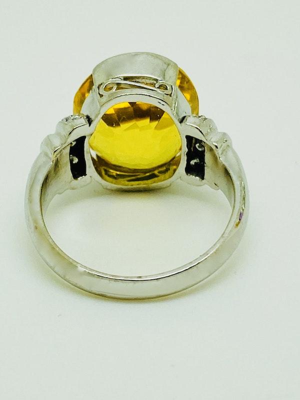 18K white gold Citrine and Diamond Ring - image 3