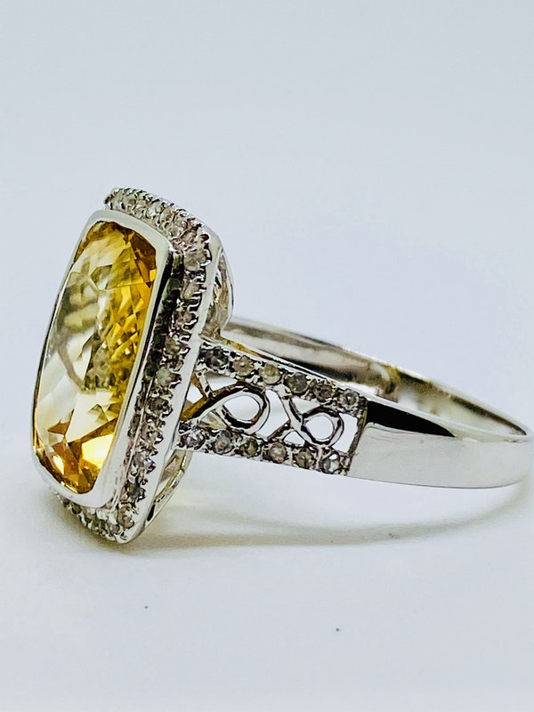 14K white gold Citrine and Diamond Ring - image 2