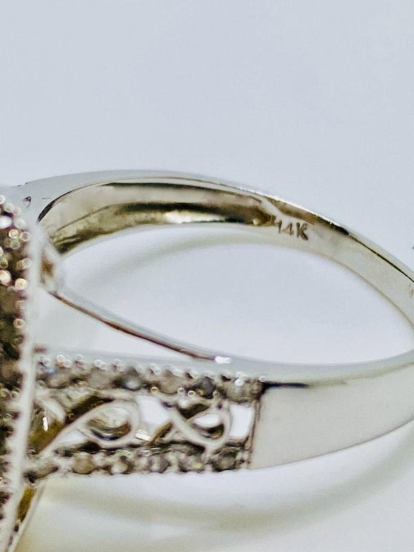 14K white gold Citrine and Diamond Ring - image 4