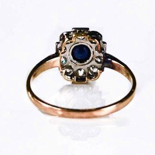 A 1920s Montana Diamond and Sapphire Ring - image 3