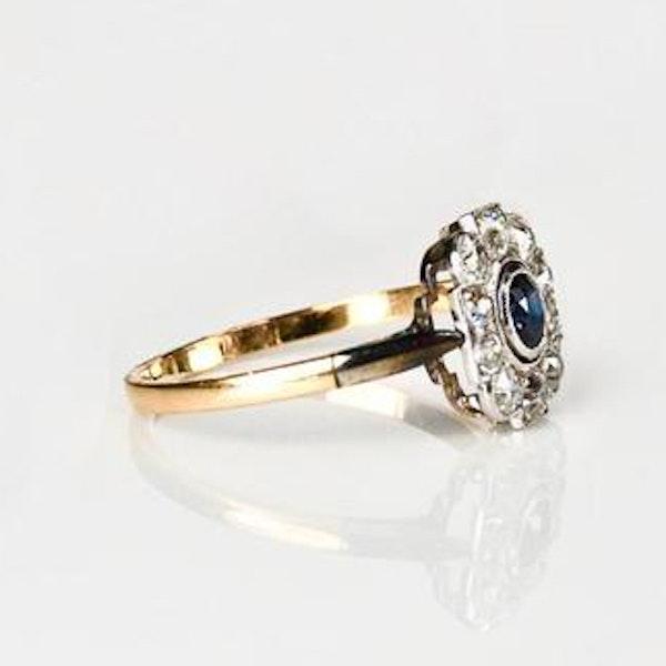 A 1920s Montana Diamond and Sapphire Ring - image 2