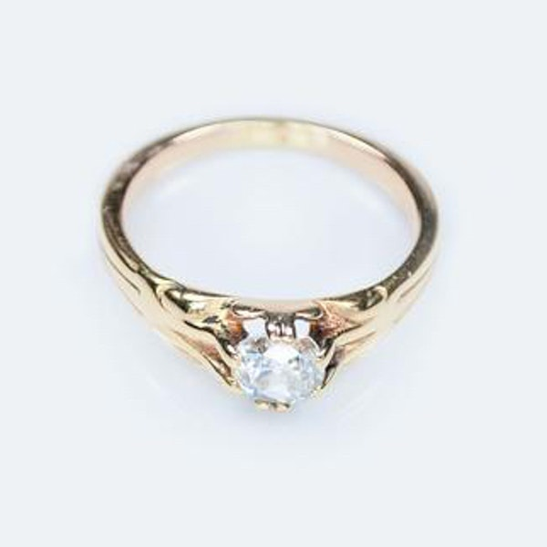 An antique Diamond Solitaire Ring - image 3
