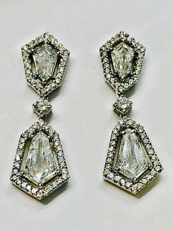 18K white gold 2.48ct Diamond Drop Earrings - image 4