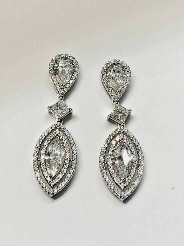 18K white gold 4.41ct Diamond Earrings - image 5