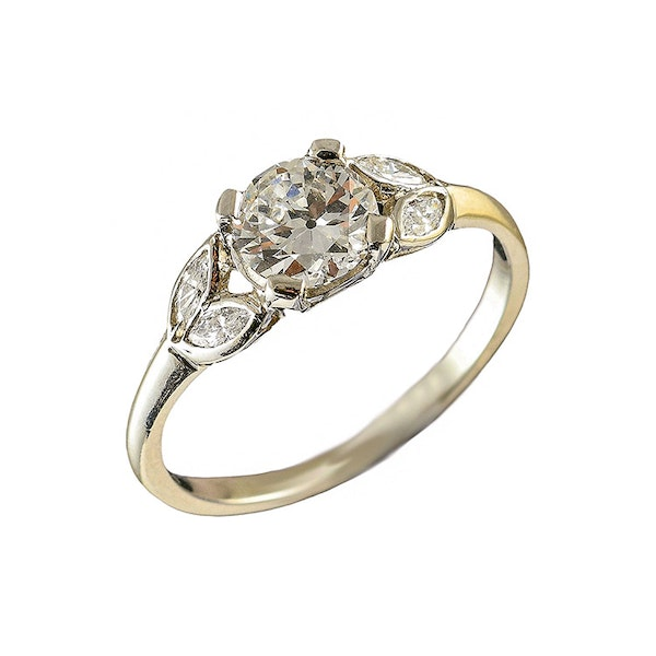 MM6165r Platinum single stone  diamond ring.71pts with pear shaped  diamond shoulders 1910/30c - image 3