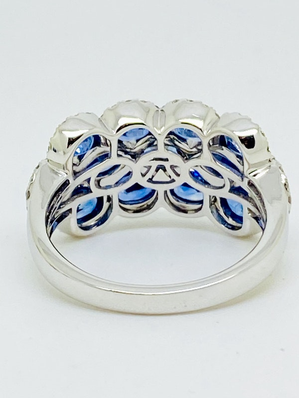 14K white gold 3.00ct Natural Blue Sapphire and 1.00ct Diamond Ring. - image 3