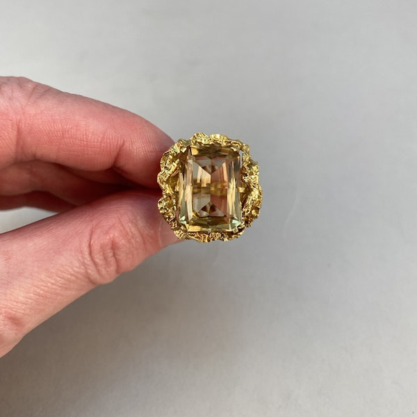 1960's, 18ct Yellow Gold Citrine stone set Ring, SHAPIRO & Co since1979 - image 6