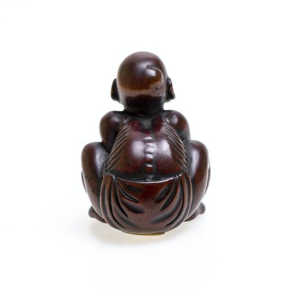 Signed Japanese wood netsuke - image 4