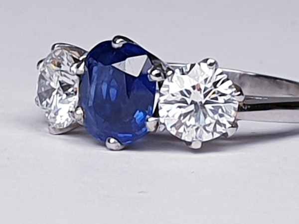 1.52ct natural Burmese sapphire and diamond ring  DBGEMS - image 4