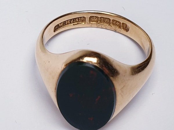 Bloodstone 18ct Gold Signet Ring  DBGEMS - image 4