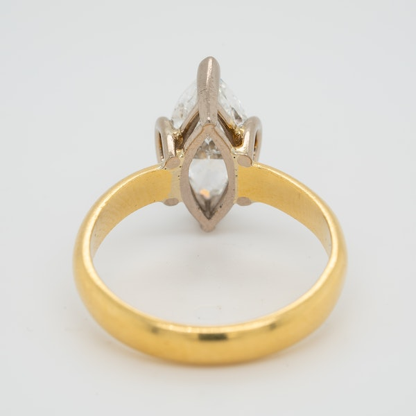 Marquise shaped  diamond solitaire ring - image 3