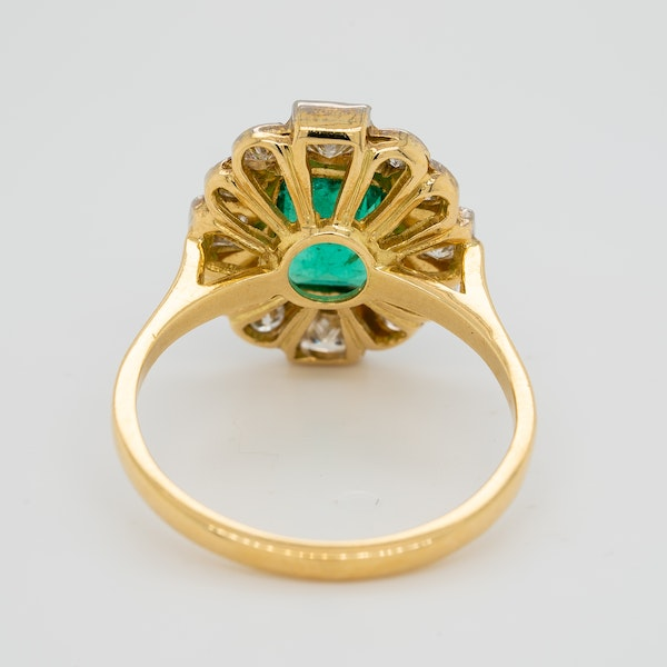 Emerald and diamond oval cluster ring - image 4