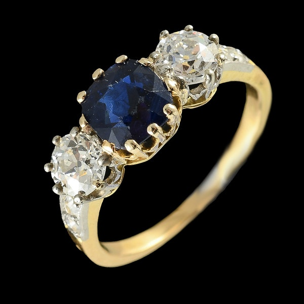 MM6497r Victorian sapphire diamond yellow gold three stone ring - image 2