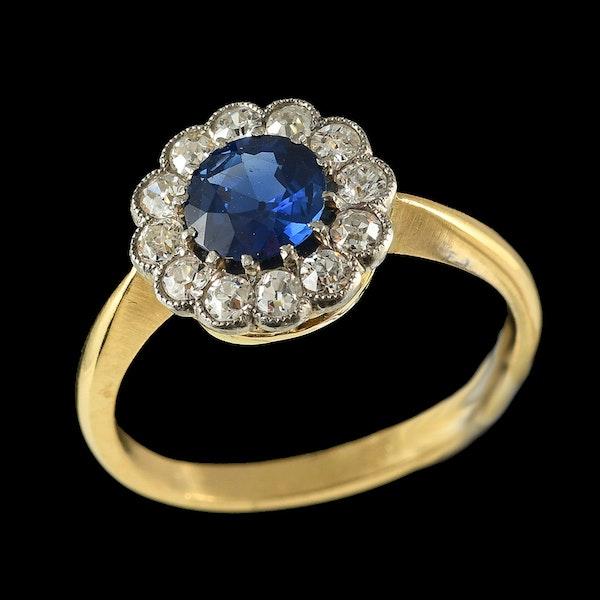 MM6372r platinum gold sapphire diamond cluster ring 1910/20c - image 2