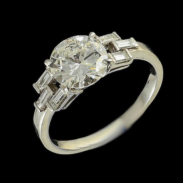MM6356r Baguette diamond 1.60ct platinum 1920c ring - image 2
