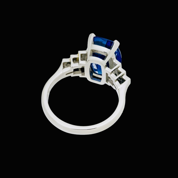 Platinum 5.40ct Natural Blue Sapphire and Diamond Ring - image 4