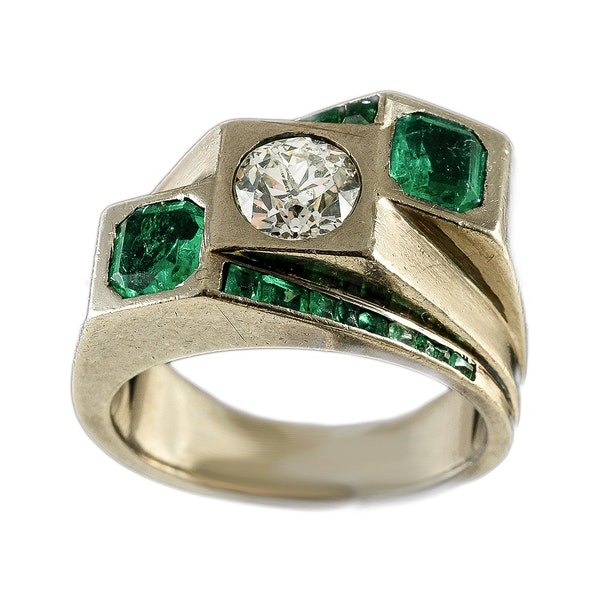 MM6443r Fine quality Emerald diamond Toi moi. Ring fine quality 1960c - image 3
