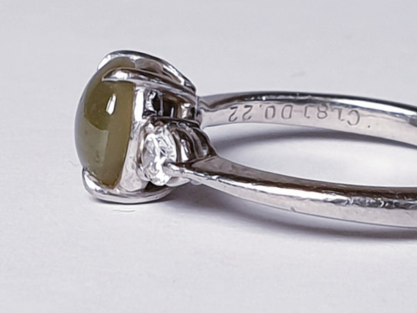 Cat's eye and diamond platinum ring  DBGEMS - image 4