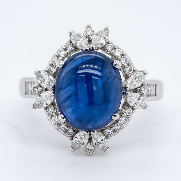 18K white gold 4.62ct Natural Cabochon Blue Sapphire and 0.82ct Diamond Ring - image 1