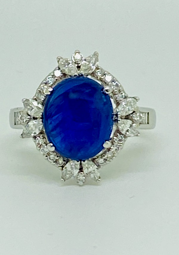 18K white gold 4.62ct Natural Cabochon Blue Sapphire and 0.82ct Diamond Ring - image 2