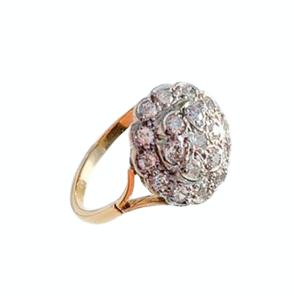 An antique Diamond Cluster Ring - image 2