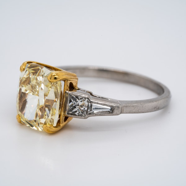 Platinum 4.01ct Natural Fancy Yellow Diamond Ring - image 4