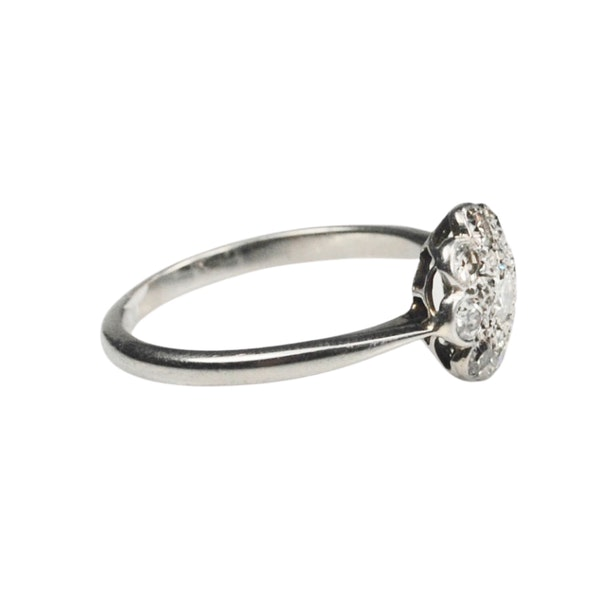 A 1910 Diamond Cluster Ring - image 4