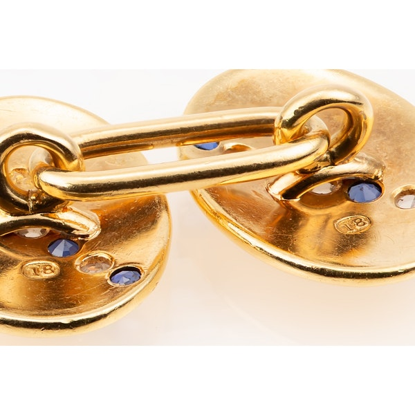 Antique Cufflinks in 18 Carat Gold with a line of Sapphires & Diamonds, English circa 1890. - image 5