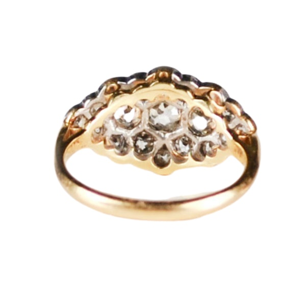 A 1910 Diamond Cluster Ring - image 5