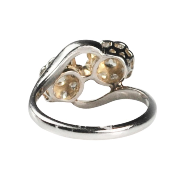 An antique double Daisy Diamond Ring - image 3