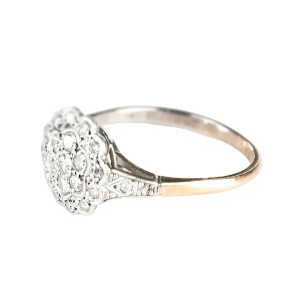 An antique Cluster Diamond Ring - image 4