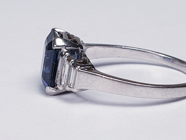 Fabulous sapphire and baguette diamond engagement ring  DBGEMS - image 4