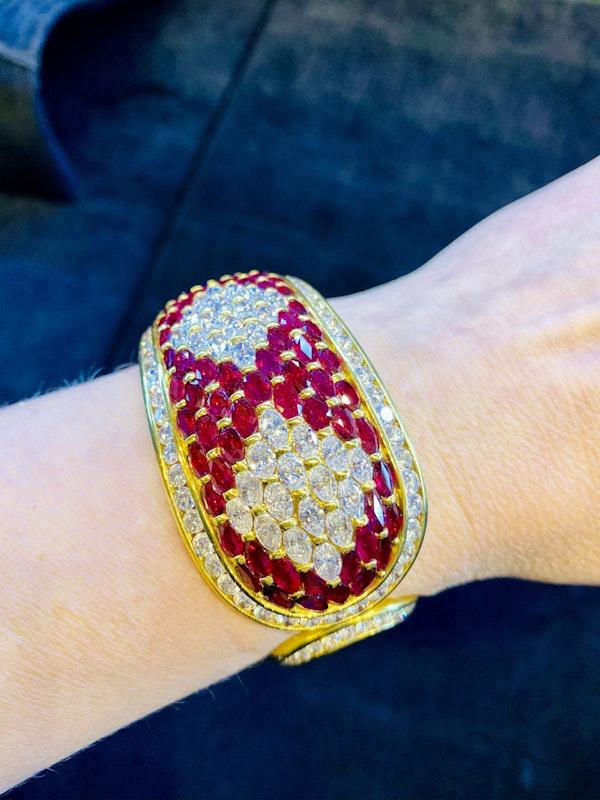 18K yellow gold 40.00ct Natural Ruby and 18.00ct Diamond Bangle - image 6