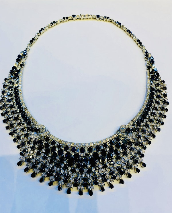 Vintage, white gold 50.00ct Natural Blue Sapphire and 7.00ct Diamond Necklace - image 2