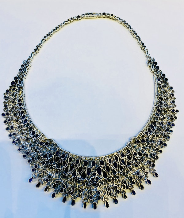 Vintage, white gold 50.00ct Natural Blue Sapphire and 7.00ct Diamond Necklace - image 3