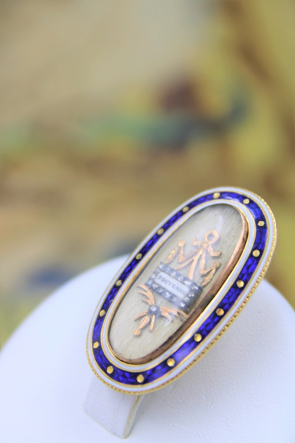 A very fine Georgian Enamel & Diamond Souvenir Brooch mounted in High Carat Gold, English, Circa 1790 - image 1