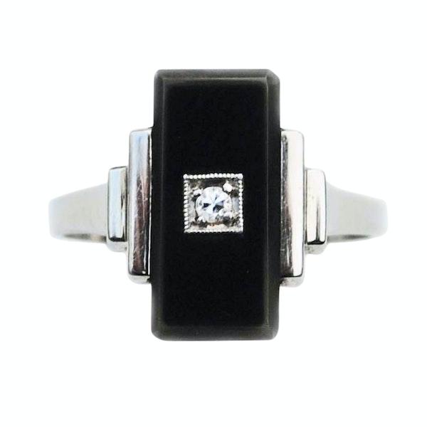 An Art Deco Onyx Diamond Ring - image 2