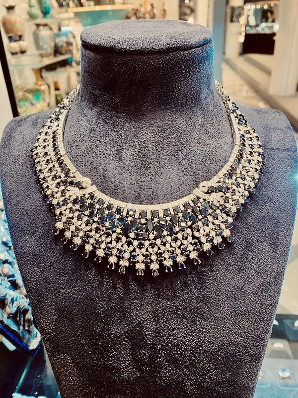 Vintage, white gold 50.00ct Natural Blue Sapphire and 7.00ct Diamond Necklace - image 4