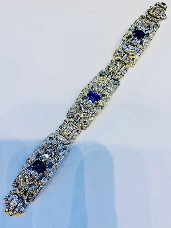 18K white gold 6.00ct Natural Blue Sapphire and 11.00ct Diamond Bracelet - image 4