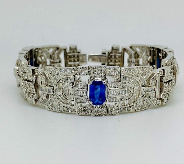 18K white gold 6.00ct Natural Blue Sapphire and 11.00ct Diamond Bracelet - image 3