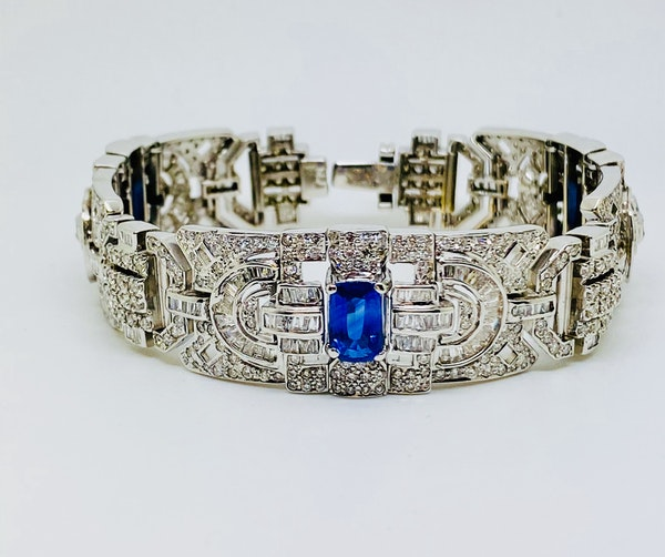 18K white gold 6.00ct Natural Blue Sapphire and 11.00ct Diamond Bracelet - image 5
