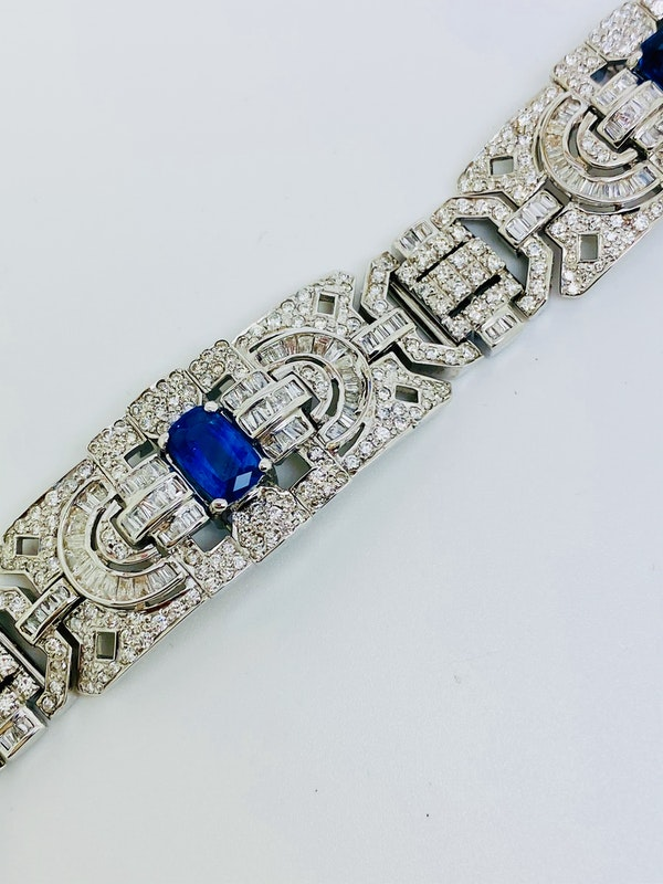 18K white gold 6.00ct Natural Blue Sapphire and 11.00ct Diamond Bracelet - image 7