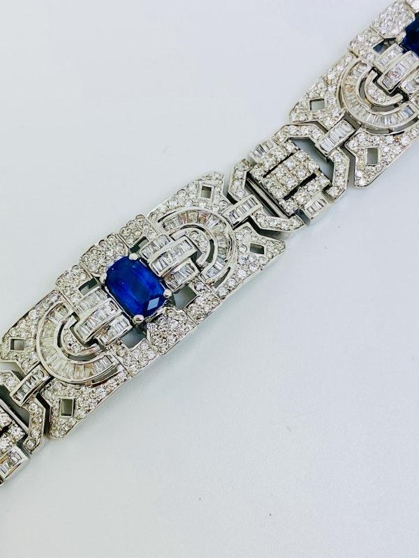 18K white gold 6.00ct Natural Blue Sapphire and 11.00ct Diamond Bracelet - image 7