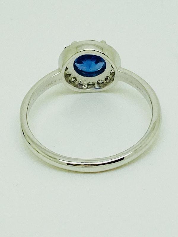 14K white gold 0.50ct Tanzanite and 0.23ct Diamond Ring - image 3