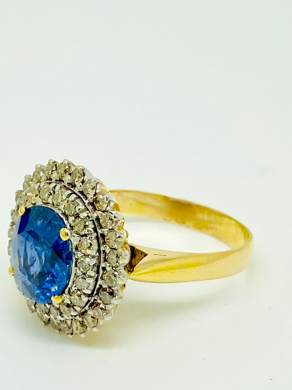 18K yellow gold 3.00ct Natural Blue Sapphire and 1.00ct Diamond Ring - image 2