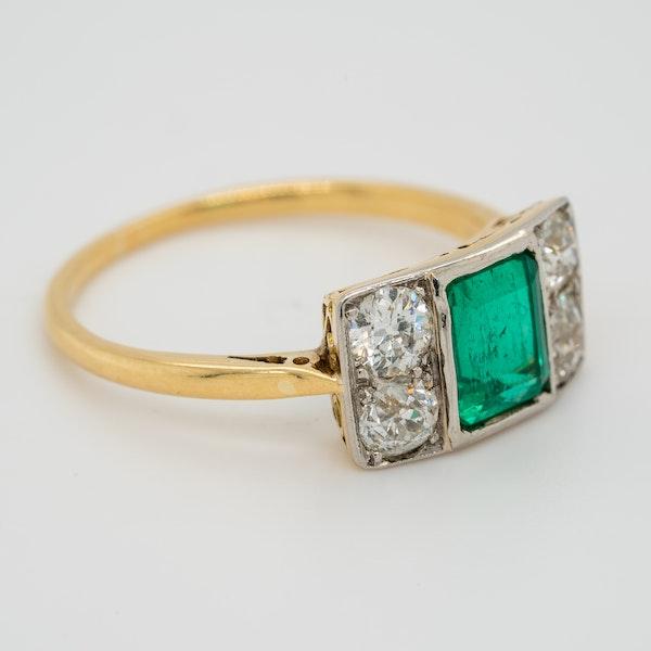 Emerald and diamond tablet shape Art Deco ring - image 2